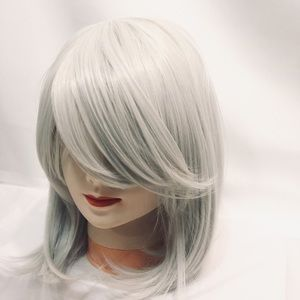 "New 16"" Gray/Silver Wig Bob cut W/Bangs"